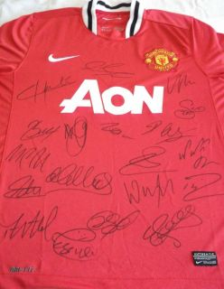 Team signed Manchester united home soccer shirt with Rooney Giggs coa