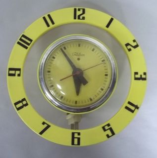 Electric Wall Clock Model 2H39 GE General Electric WORKS (w26