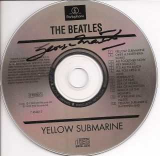 THE BEATLES PRODUCER GEORGE MARTIN HAND SIGNED YELLOW SUBMARINE CD
