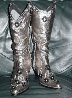 Silver Western Style Cowgirl Boots by Go Max 10