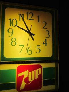 vintage 7 UP cola soda LIGHTED ADVERTISING CLOCK 1970s uncola 29 00 NO