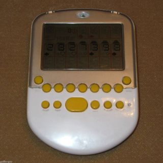 Big Screen SOLITAIRE Radica Electronic Handheld Game w Undo WORKS