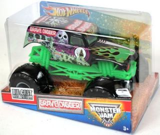 Grave Digger 1 24 Scale Large Truck Hot Wheels Monster Jam Truck with