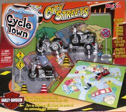 Harley Davidson Cycle Town Motorcycle Truck Set