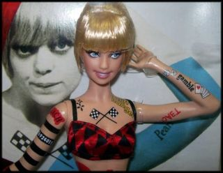 Goldie Hawn Blonde Ambition Barbie Pop Culture Black Label Mattel 2008