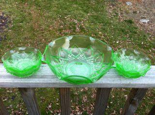 Hazel Atlas Green Depression Diamond Arches 1 Fruit Bowl + 4 Berrie