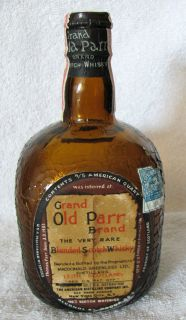 THE GRAND OLD PARR BRAND RARE BLENDED SCOTCH WHISKY DECANTER   IN THE