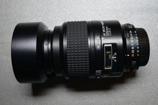 Macro lens AF Micro Nikkor 105mm f 2 8 D Heliopan ES 52 UV Filter