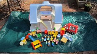 Little Tikes Blue Roof Dollhouse Doll House with EXTRAS Must Look