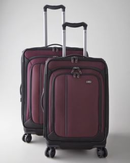 40T0 Victorinox Swiss Army Werks Traveler Luggage Collection