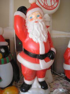Christmas 41Waving Santa Blow Mold Lighted Holiday Yard Decoration