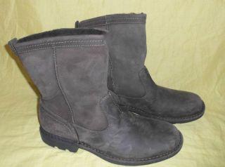 UGG Australia Hartsville Black Leather Men Boots Size 11