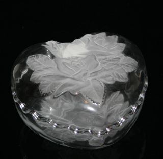 Mikasa Winter Rose Crystal Heart Shaped Covered Box