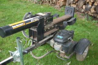 Log Splitter 27TON Honda Engine