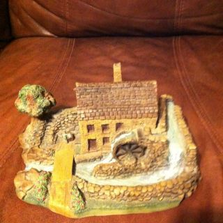 DAVIDSON COUNTRY ROADS COLLECTIBLE figurine WAYNE HIDDEN VALLEY MILL