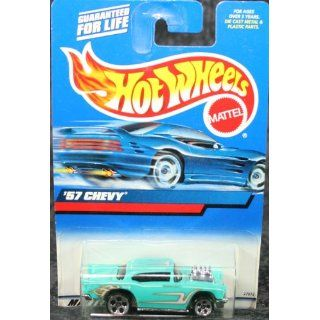 Hot Wheels 2000 Collector #105 57 Chevy 1/64 Toys & Games
