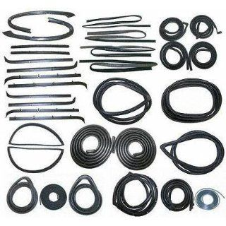 81 85 CHEVY CHEVROLET SUBURBAN WEATHERSTRIP KIT SUV, (includes