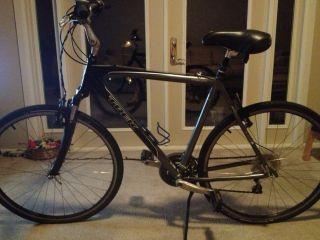 Trek 7200 Hybrid Bicycle
