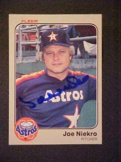 Joe Niekro D 2006 Hand Signed 1983 Fleer Card