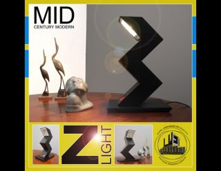 NICE 20° CENTURY Z   LIGHT DESK LAMP  LATE MID CENTURY MODERN