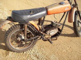 Vintage Indian Motorcycle Dirt Bike for Parts Look