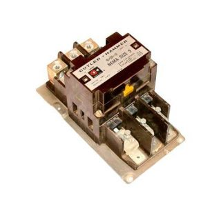 Cutler Hammer 3 Phase Contactor 270 Amp NEMA Size 5 Model C10GN3