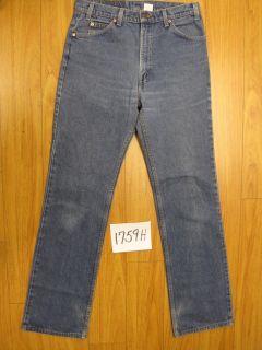 Levis 517 Boot Cut Darker Blue Jeans USA 36x38 1759H
