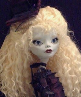 Monster High OOAK Custom Victorian Repaint ``Johanna``