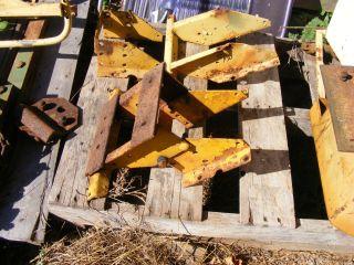 JOHN DEERE 430 440 CRAWLER DOZER SEAT BASE FARMERJOHNSPARTS 404 569
