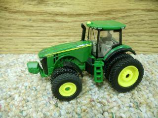 1 64 Ertl John Deere 8285R Tractor w Duals Farm Toy