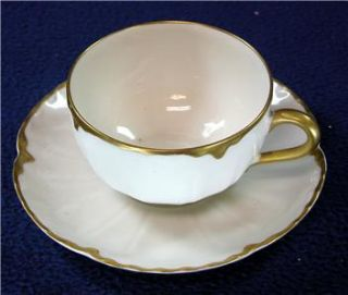 VICTORIAN STYLE CHINA TEACUP FROM TVS DARK SHADOWS