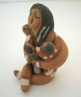 Clay Storyteller Signed Juanita Taos Pueblo Indian LOOK