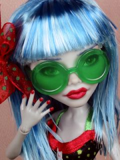 Julia OOAK 1 6 Ghoulia Monster High Custom Repaint by Ellen Harris 3 Days