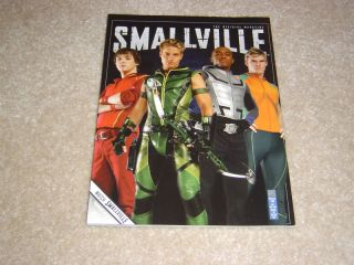 Smallville Official Magazine 20 Justin Hartley Alan Ritchson Bart