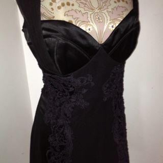 Karen Millen Black Silk Embroidered Dress sz12 Stunning Detail