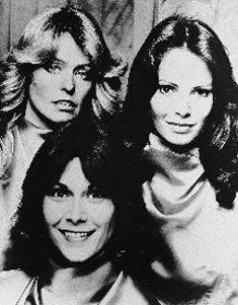 Charlies Angels Kate Jackson Jaclyn Smith 24X30 Poster