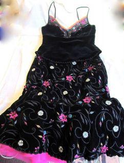 KATHRYN DIANOS DESIGNER BLACK VELVET EMBROIDERED BEAD FLOWER DRESS