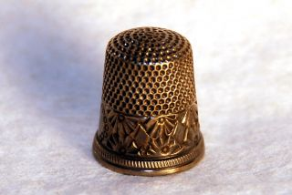 Antique signed KETCHAM McDOUGALL Sterling Silver EMBOSSED THIMBLE Size