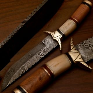 Stephen king Hand Made Damascus Hunting Knife With Real Camel Bone F