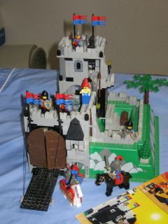 LEGO Land Castle Kings Mountain Fortress #6081 complete with