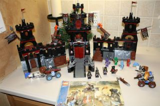 Lego Castle Set 8877 Knights Kingdom Castle