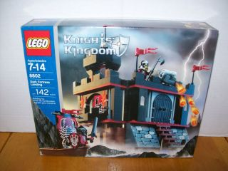 Lego 8802 Castle Knights Kingdom Dark Fortress Landing w Box