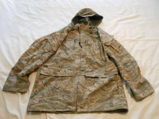 Abu Digital Tiger Parka Medium Long Gortex Gore Tex USAF Jacket Proper