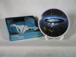 Star Trek TNG USS Enterprise D Mini Plate Enesco
