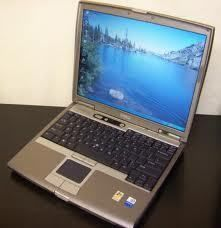 Dell Latitude D610 Laptop with Media Bay 6 Cell Battery