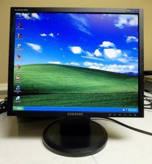 Samsung SyncMaster 940N 19 Flat Screen LCD Desktop Computer Monitor