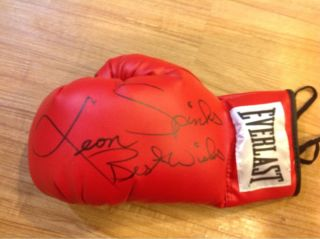 Leon Spinks Autographed Boxing Glove Muhammad Ali