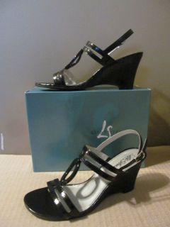 Lifestride Womens Shoes Black Sandals Heels Strappy Size 11