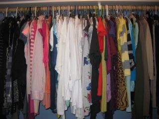 Huge Designer Juniors Womens Wholesale Clothing Lot s M 1 2 3