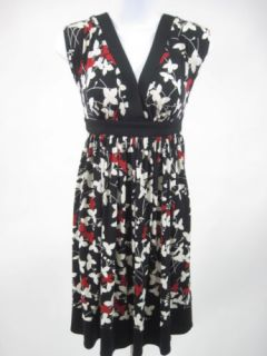 London Times Black White Red Floral Sleeveless Dress